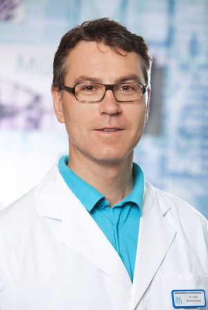 Dr. Martin Grewe